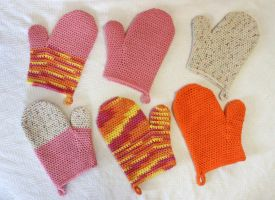 Crocheted Oven Mitts by Dragonrose36