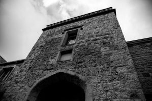 Black and White Overhanging Building, Ledbury by Penson37