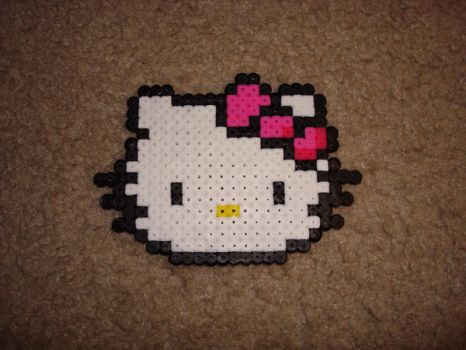 Perler Bead Hello Kitty by katrivsor