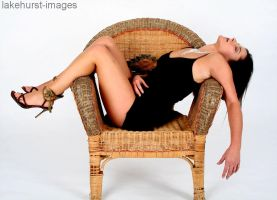 Lana fainted in the chair by lakehurst-images