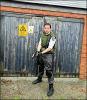 J-Con Chris Redfield by MJ-Cosplay
