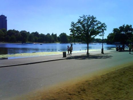 hyde park2 by anginaaa