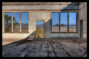 Picture Window Landscape II by ernieleo