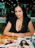 Aria Giovanni 1 by PsychedelicOrange