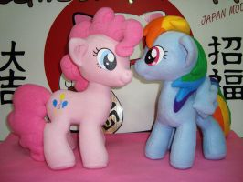 Pinkie Pie and Rainbow Dash Plushies by GraphicPlanetDesign
