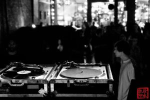 TurnTable by juhitsome