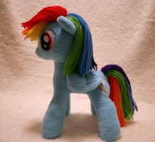 Rainbow Dash Plushie by DogerCraft