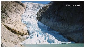 Briksdalbreen by leire-and-Co