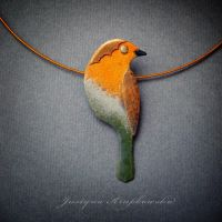 robin on a twig necklace by szaranagayama