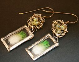 Feathers and Nests Earrings by mermaidencreations