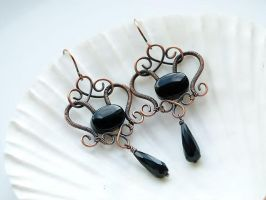 Copper earrings with bead and faceted drop of onyx by SilverDeFactory