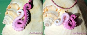tentacle necklace lovely pink by Sakiyo-chan