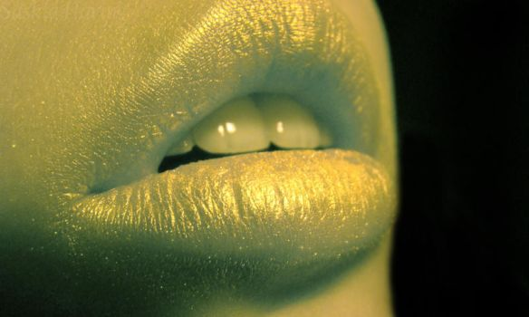 Lips serie no6 by Detruit