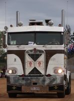 Old K-Series Kenworth on parade by RedtailFox