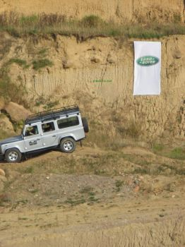 Land Rover Defender 110 SW by science10