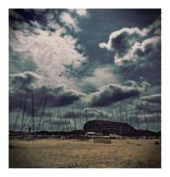 Holga Ghost :beach: by DrCaligari