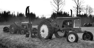 Oooo Tractors by dreadnought3521