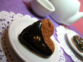 Chocolate Dipped Cookie by Shacchan