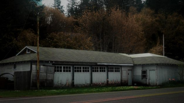 Circa 1920s Gas Station by humloch
