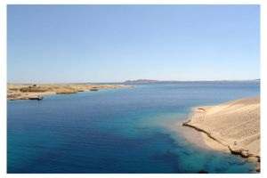 Blue Red Sea by mitch2004