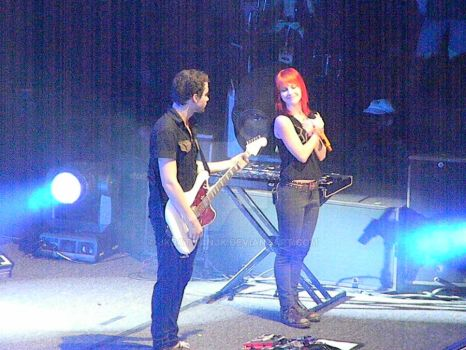 Paramore- Hayley and Taylor by jkBATMANjk