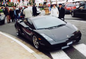 Black Lamborghini by H4stings