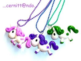 Fimo unicorns necklaces by cernittando