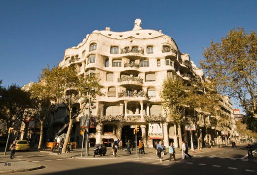 house gaudi by Jh2