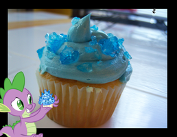 Spike's Sapphire Cupcake by Scarletts-Fever