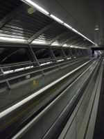 Metro by viclunne
