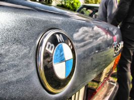 Old BMW by smudlinka66