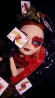 Queen of Hearts by AliCeMadnesS45