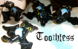 Toothless by Inari-chan725