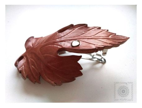 Leather barrette by byLighty