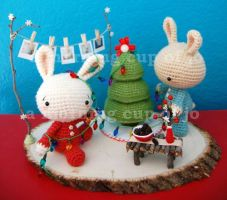 Holiday Crafts Project with bold background by amorningcupofjo