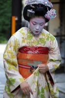 Maiko IV by LadyOfSorrows26