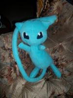 Shiny Mew Plushie by ScreamEmotion