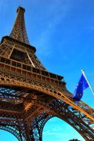 Eiffel Tower by AlanSmithers
