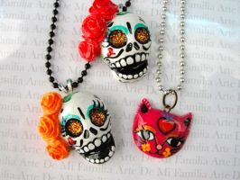 day OF THE DEAD skulls by ArteDeMiFamilia