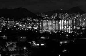 Honolulu at Night by DodO4