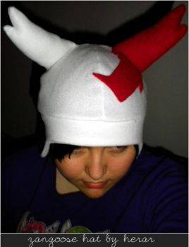 Zangoose Hat by SmileAndLead