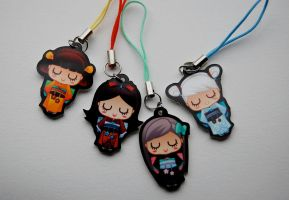 Kokeshi Acrylic Charms by bw-inc