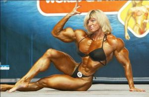 that's a muscular lady by cribinbic