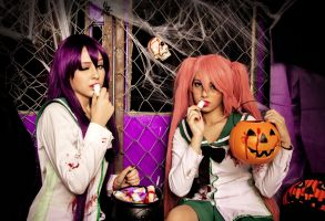 Saeko and Saya , Trick or treak? by SammyKoi
