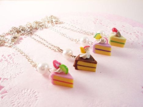 Small sliced cake necklaces by Meow-Box