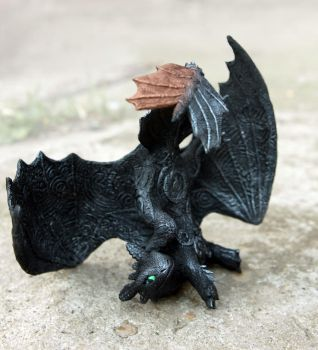 Toothless dabbles by hontor