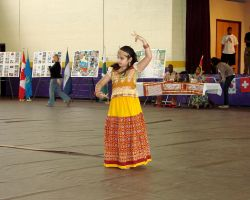 Multicult Indian Dance 1 by asuogp