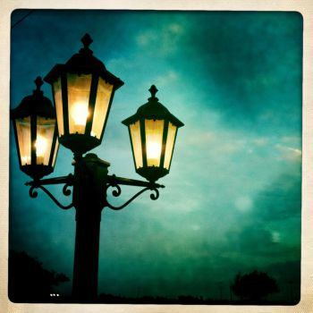 Street Lamp by colezombie