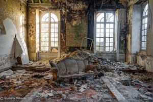 The couch by pal-giuseppe