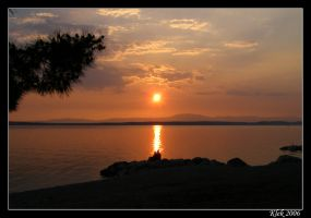 Lovers in The Sunset by Klek